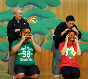 日本字との交流や日本語文化体験など、神戸YMCAの活動にも参加できます!