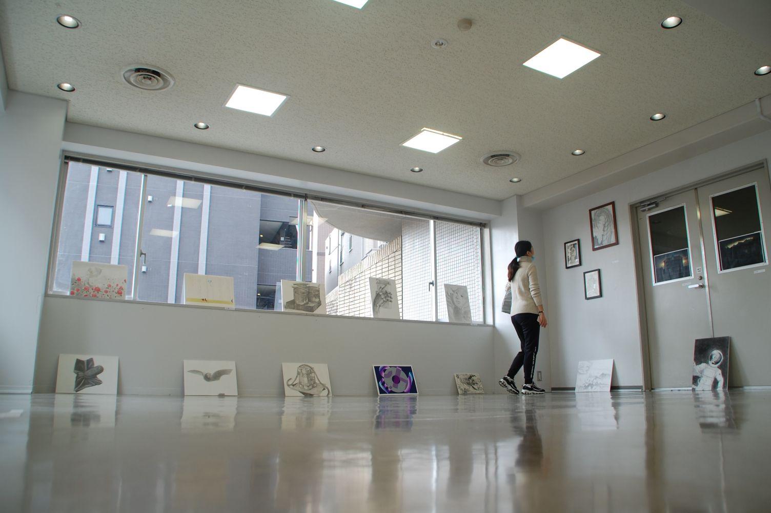 学園祭_日本語学科美術クラス展示03