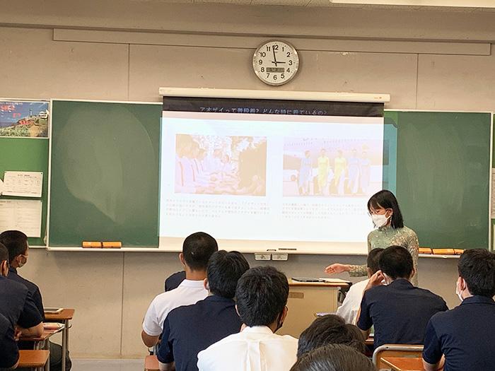 向上高等学校の交流会に留学生が参加しました