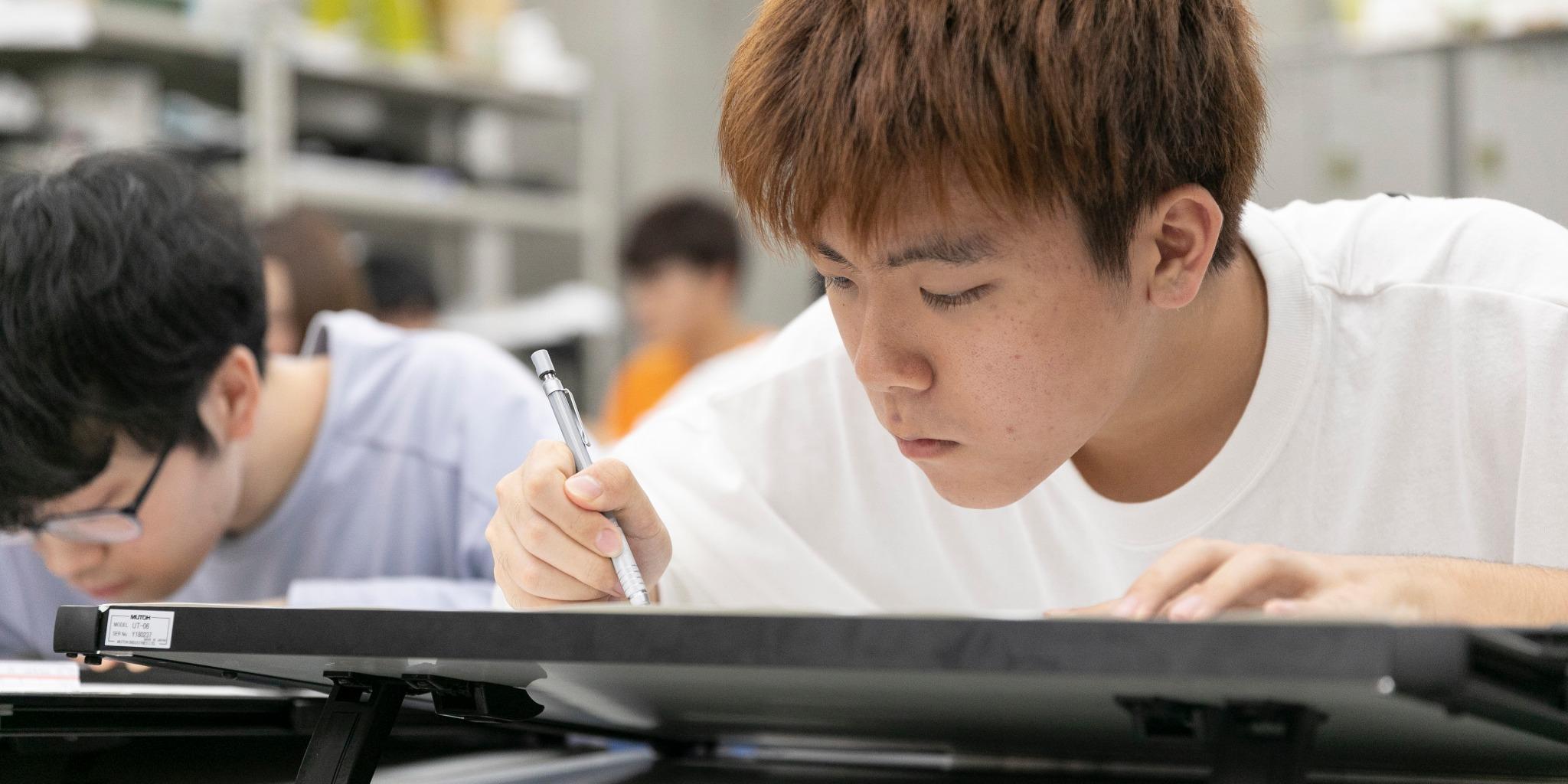 建築士の試験は製図を手書き?その試験内容と概要について。